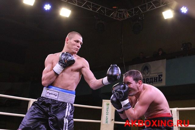 Денис Бахтов в тяжелейшем бою победил Дэнни Уильямса! (7)