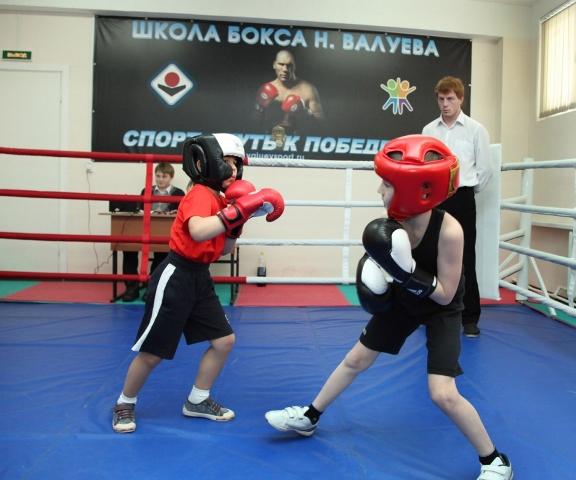 Школа бокса Николая Валуева провела юношеский турнир (1)