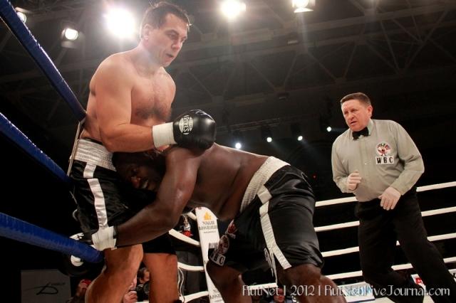 Олег Маскаев может снова выйти на ринг уже в январе (1)