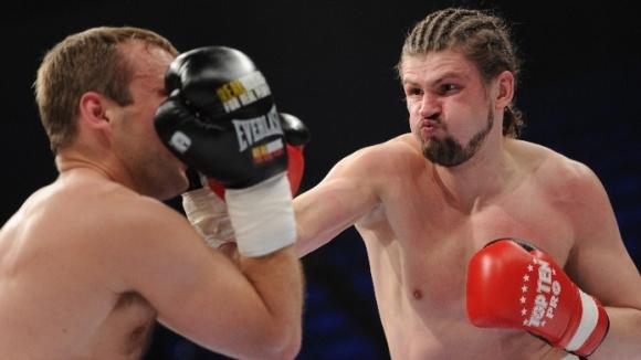Российский боксер-священник Сергей Акимов снова выходит на ринг (1)