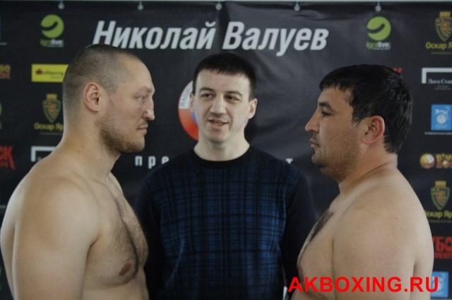 Денис Бахтов взвесился и будет выживать в ринге ТАФФАЙТ! (1)