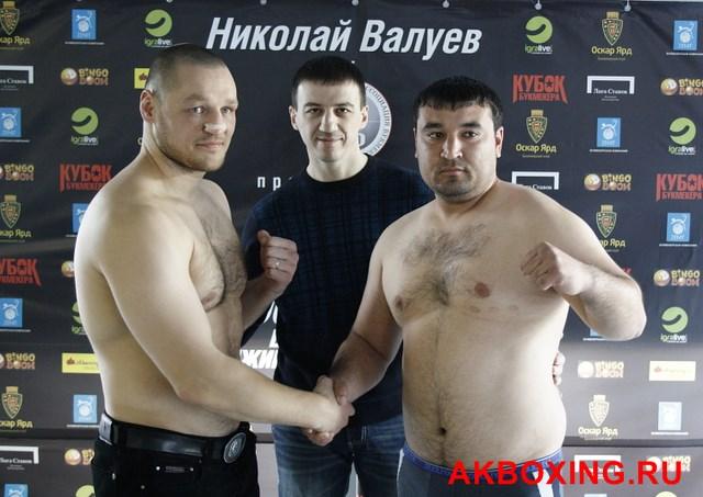 Денис Бахтов взвесился и будет выживать в ринге ТАФФАЙТ! (2)