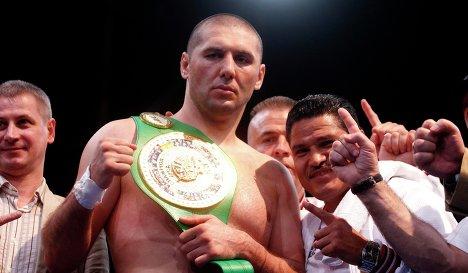 Мартинес и Абдусаламов одерживают победы (2)