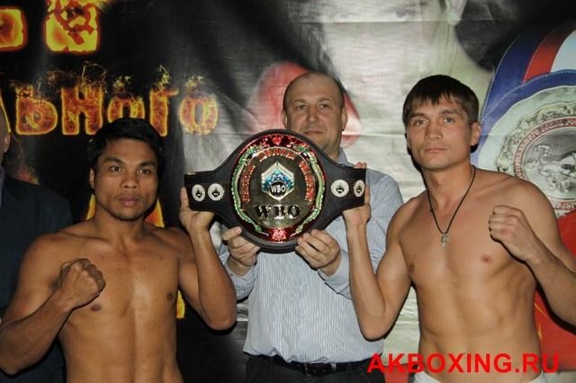 Бокс во Пскове: Андрей Богданов - Карло Могали (1)