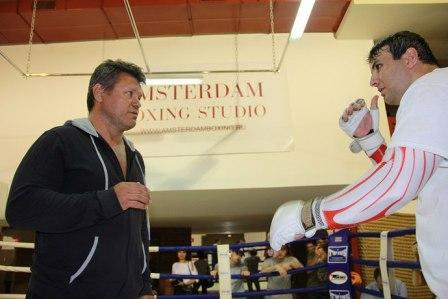 Олег Тактаров и Салимгирей Расулов провели открытую тренировку в Москве (1)