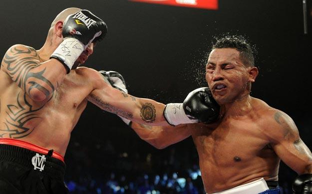 Боксер Рикардо Майорга выиграл бой по правилам ММА (1)