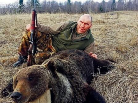 Охота Николая Валуева на медведя признана законной (1)
