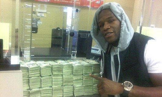 Флойд Мэйвейзер-младший выиграл у букмекеров свыше 10 млн долларов (1)
