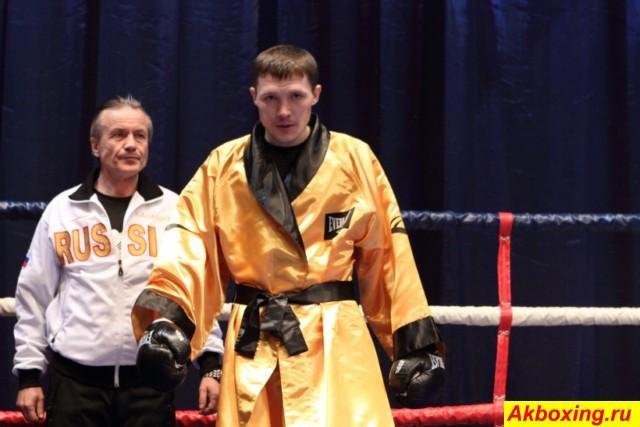 Чемпион мира по боксу по версии IBO Александр Бахтин баллотируется в депутаты  (1)
