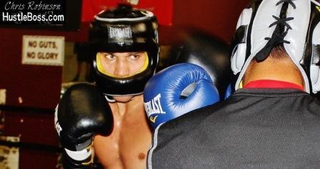 Максим Власов готовится к бою с Марком Суаресем (фото)  (2)