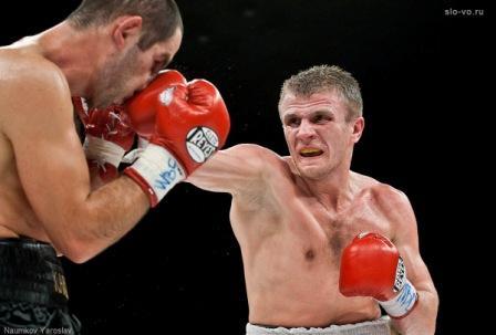 Антон Новиков проведет в США бой в новой весовой категории (1)