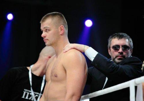 Глазков помогает Кличко и готовится к бою с Адамеком (1)