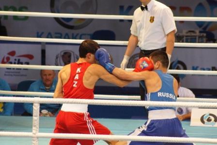 Чемпионат Мира - 2013 в Казахстане: Бэлик Галанов уступил Биржану Жакыпову (видео) (2)