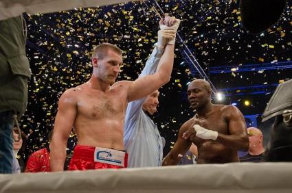 Дмитрий Кудряшов нокаутировал Шона Кокса и стал чемпионом мира по версии GBU (1)
