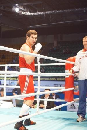 Чемпионат Мира – 2013 в Казахстане: Артем Чеботарев снова побеждает нокаутом! (1)