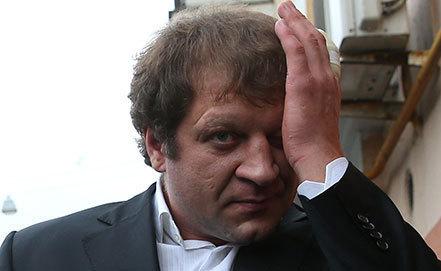 Александр Емельяненко: Я даже в партере задушу и поломаю Олейника (1)
