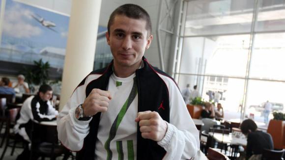 Заурбек Байсангуров: В марте буду возвращать себе пояс (1)