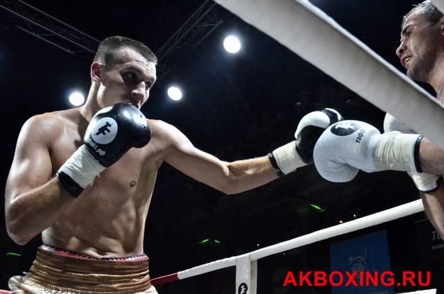 Максим Власов нокаутировал американца Макселла Тейлора (1)
