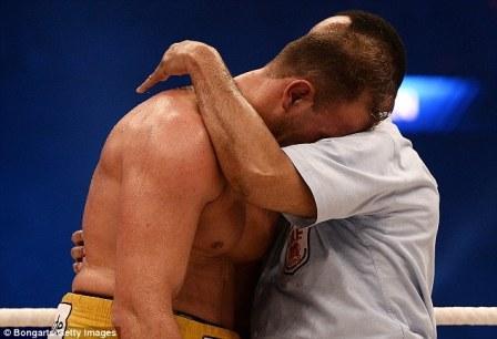 Почему боксеры стали так часто плакать? (4)
