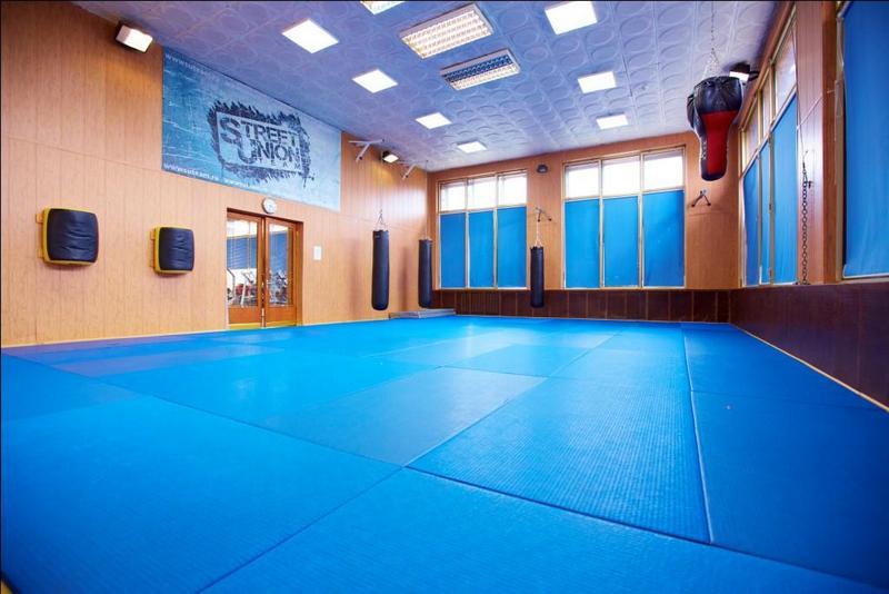 Клуб боевых единоборств Club 18 приглашает на тренировки! (3)