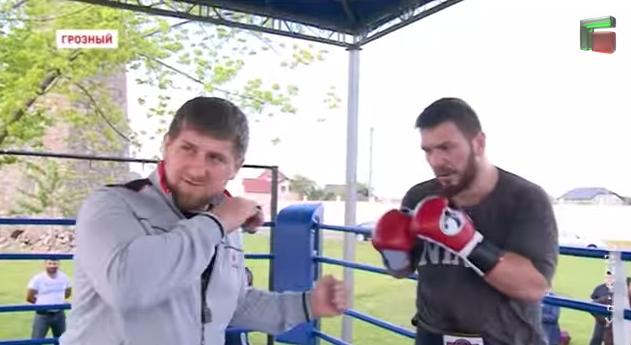 Руслан Чагаев штурмует вакантный пояс чемпиона мира WBA в Грозном (2)