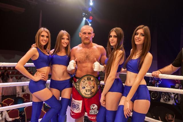 Подробности боксерских поединков в Краснодаре (2)