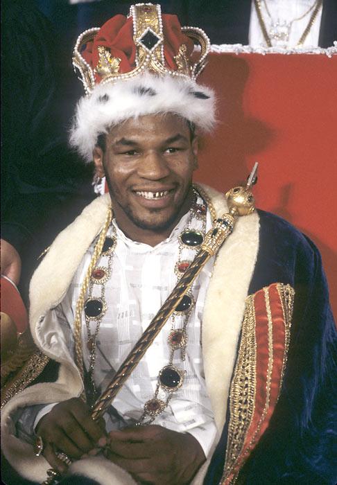 Король бокса, Майк Тайсон, празднует свой 48-й день рождения! (1)