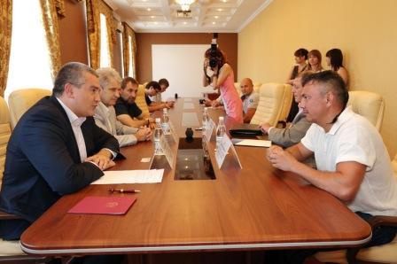 Константин Цзю готов помогать развитию бокса в Крыму (1)