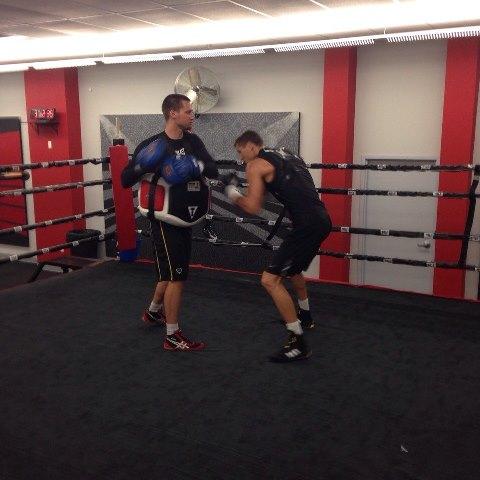 Российские боксеры начали подготовку к боям в США (1)