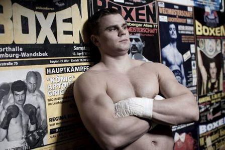 Денис Бойцов успешно вернулся на ринг (1)