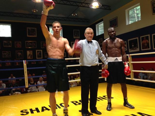 Боксеры провели три профессиональных боя в Подмосковье (2)