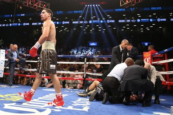 Дэнни Гарсия жестоко нокаутировал своего соперника (5)
