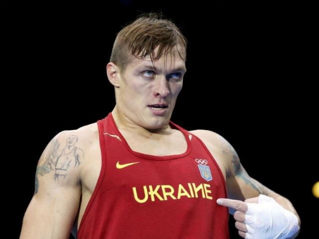 Один боксер Усик воюет на Донбассе, другой дерется на ринге (2)