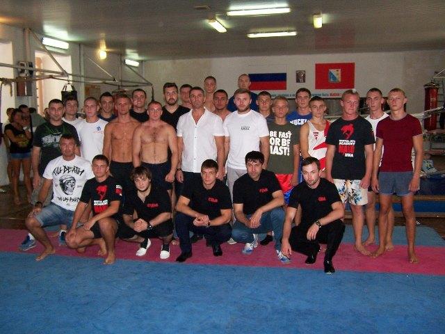В Севастополе состоялся первый чемпионат города по ММА (1)