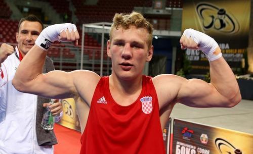 Хорватский боксер Видо Лончар избил рефери на чемпионате Европы (1)