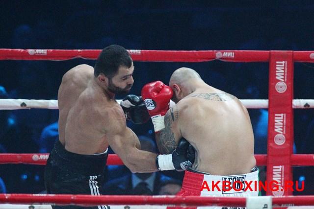 Рахим Чахкиев стал чемпионом Европы в тяжелом весе (1)