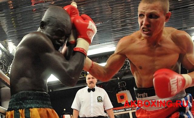 Чемпион мира WBC, Адонис Стивенсон, встретится с Дмитрием Сухотским  (1)