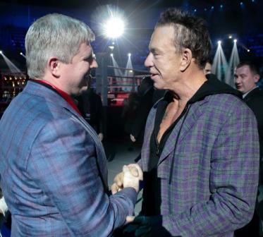 Микки Рурк проведет боксерский поединок в Москве (1)