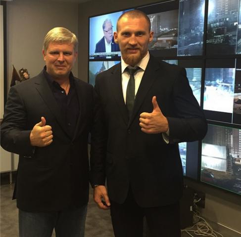 Дмитрий Кудряшов подписал контракт с бизнесменом Андреем Рябинским  (1)