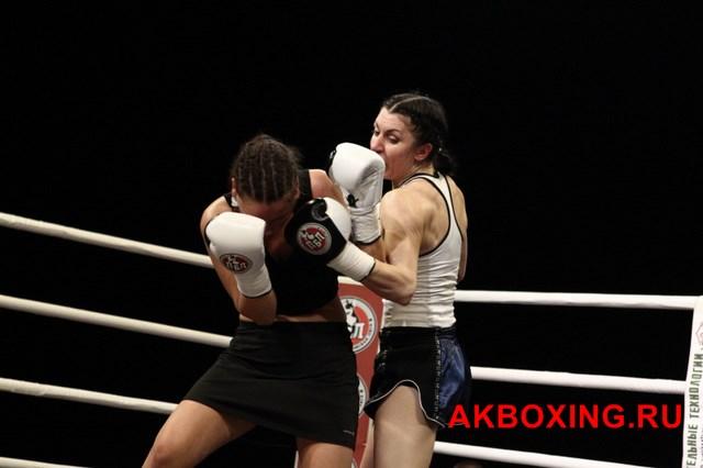 Юлия Березикова поднялась на 16 место в мировом боксерском рейтинге (6)