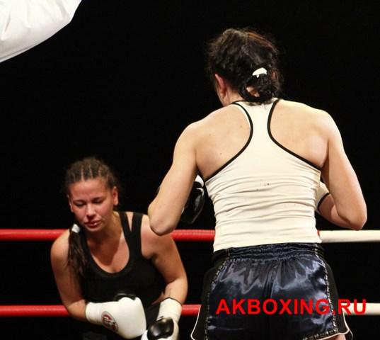 Юлия Березикова поднялась на 16 место в мировом боксерском рейтинге (10)