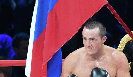 Денис Лебедев возвращается к Фредди Роучу в США  (1)