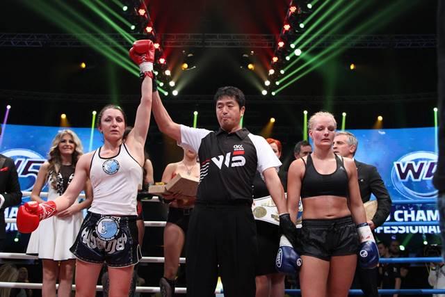 Юлия Березикова стала чемпионкой мира по версии W5 в кикбоксинге (2)
