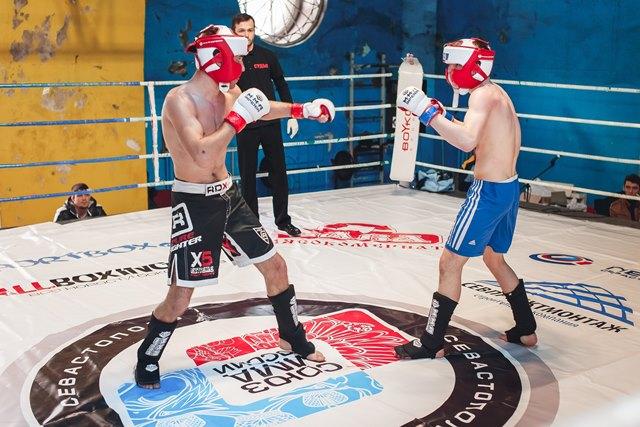 В Севастополе состоялся турнир по ММА ко Дню Воинской Славы России (2)