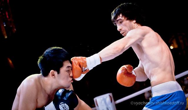 Боксеры «Урал Бокс Промоушен» одержали две победы в Челябинске (2)