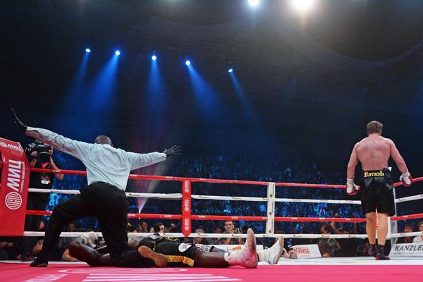 Нокаут 2014 года в исполнении российских боксеров! (1)