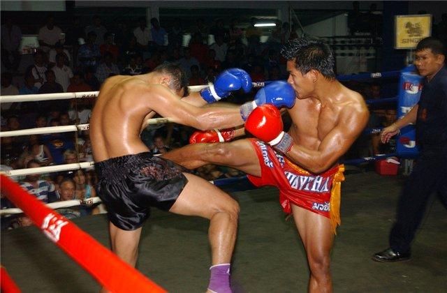 В Петербурге тайские боксеры занимались разбоем на такси (1)