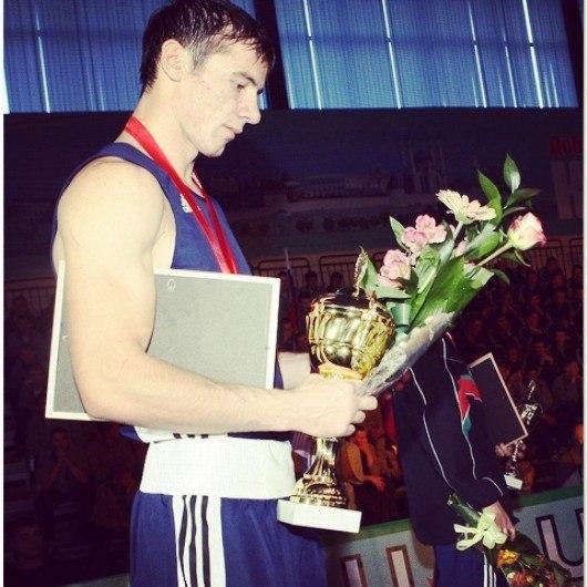 Боксер Ислам Едисултанов дебютирует на профессиональном ринге (1)