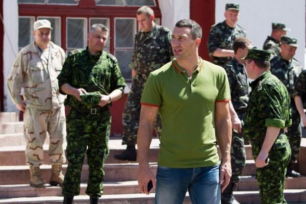 Владимир Кличко готов пополнить ряды украинской армии (1)