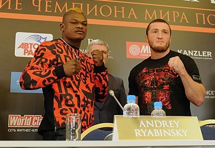 Денис Лебедев с бородой и Йоури Каленга с ирокезом (1)